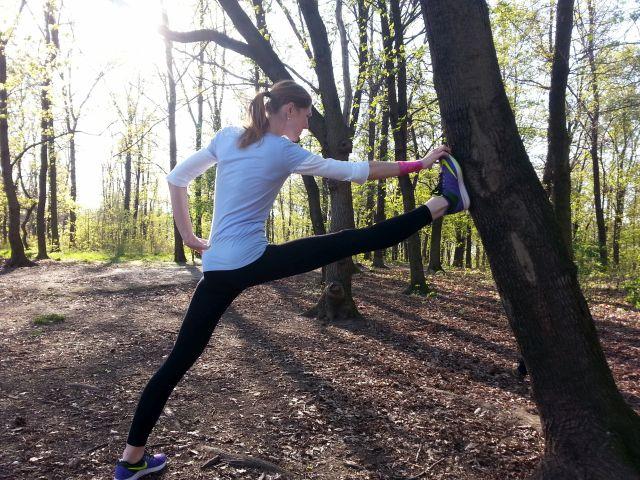 protazeni o strom joga beh