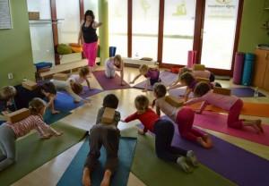 Př 237 Městsk 253 T 225 Bor S J 243 Gou A Angličtinou Pro Děti Yogapoint