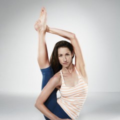 Tara Stiles Reebok Yoga Sensation
