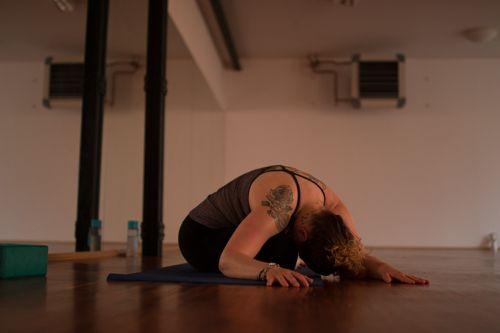 yoga-blue-art-09-06-16-8149