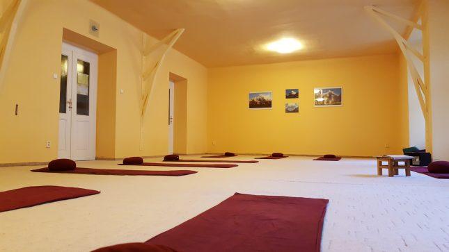 cvičební prostory jógacentra v Blanické