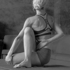 Apolena Tůmová Iyengar Yoga Teacher