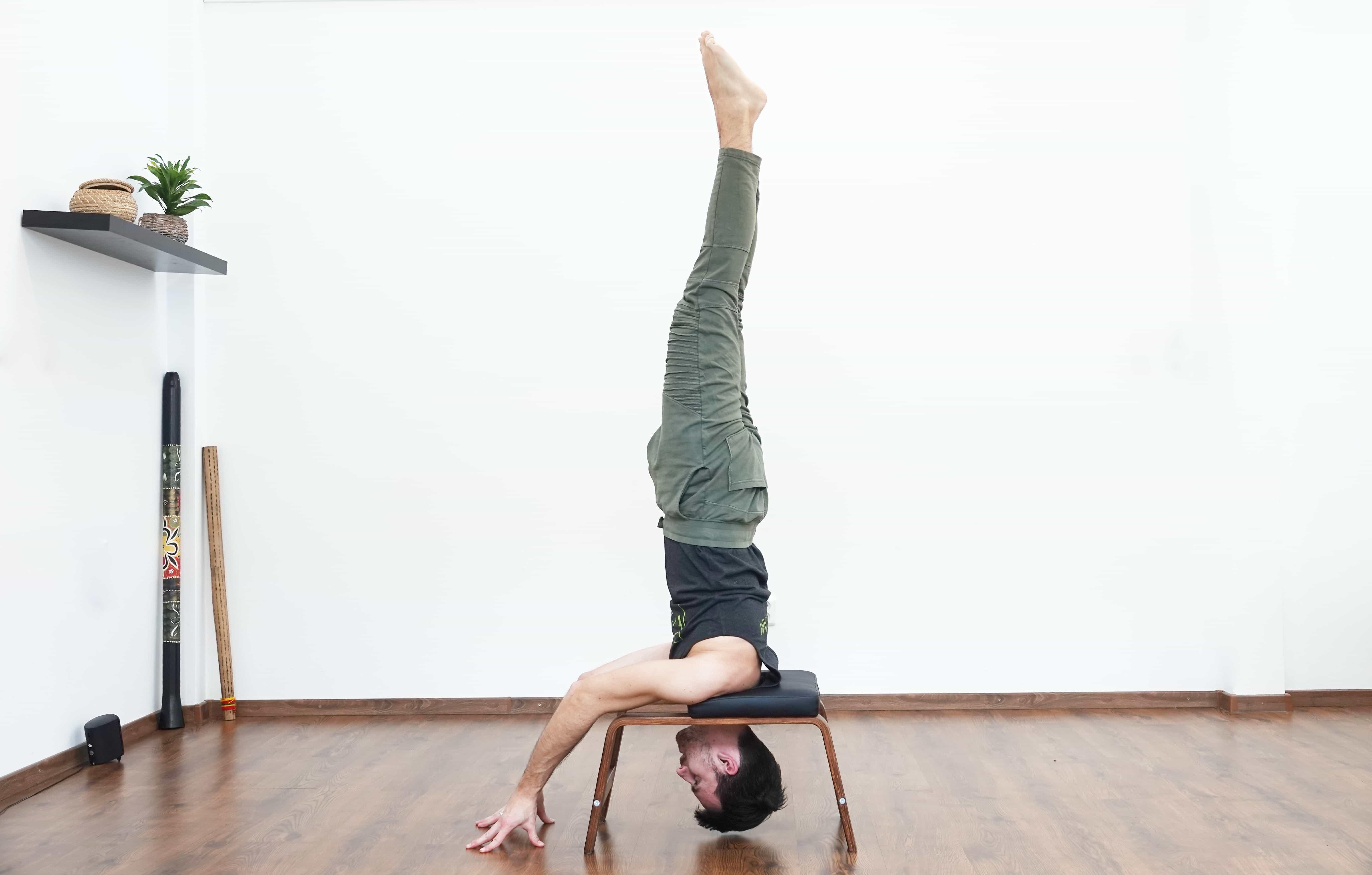 feetup yoga tomas
